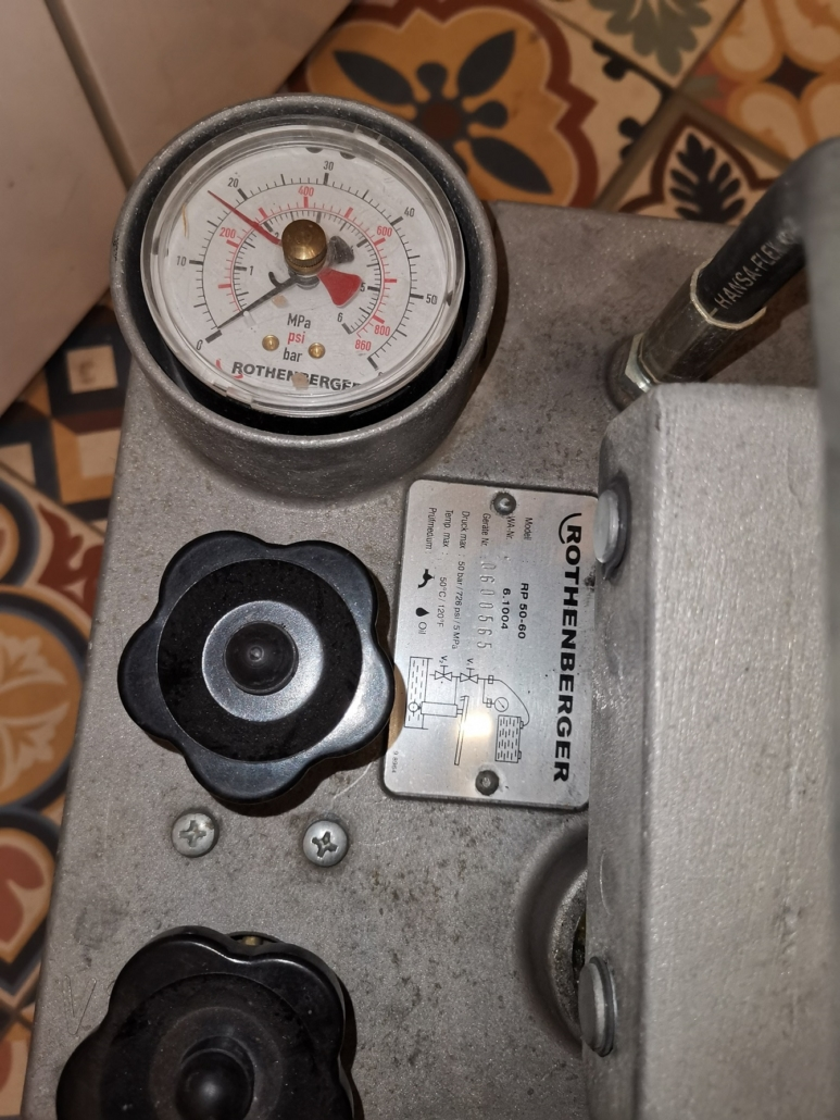 Wszystkie próby ciśnieniowe zakończone są wykonaniem protokołu próby szczelności